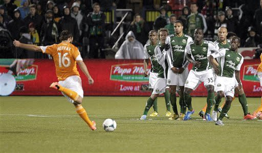 Johnson scores twice, Timbers beat Dynamo 2-0