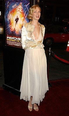 Uma Thurman at the LA premiere of Paramount's Paycheck