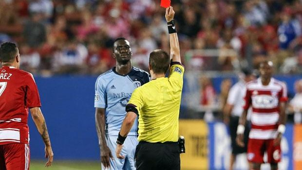 Sporting KC's Peter Vermes still contemplating appealing CJ Sapong's red card vs. FC Dallas