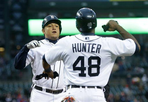 Fielder's single gives Tigers 7-6 win over Twins
