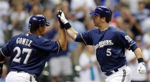 Hart powers Brewers past Padres 9-5
