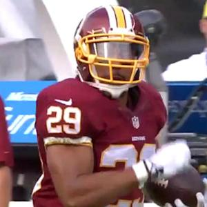 Washington Redskins quarterback Kirk Cousins to running back Roy Helu for 55 yards