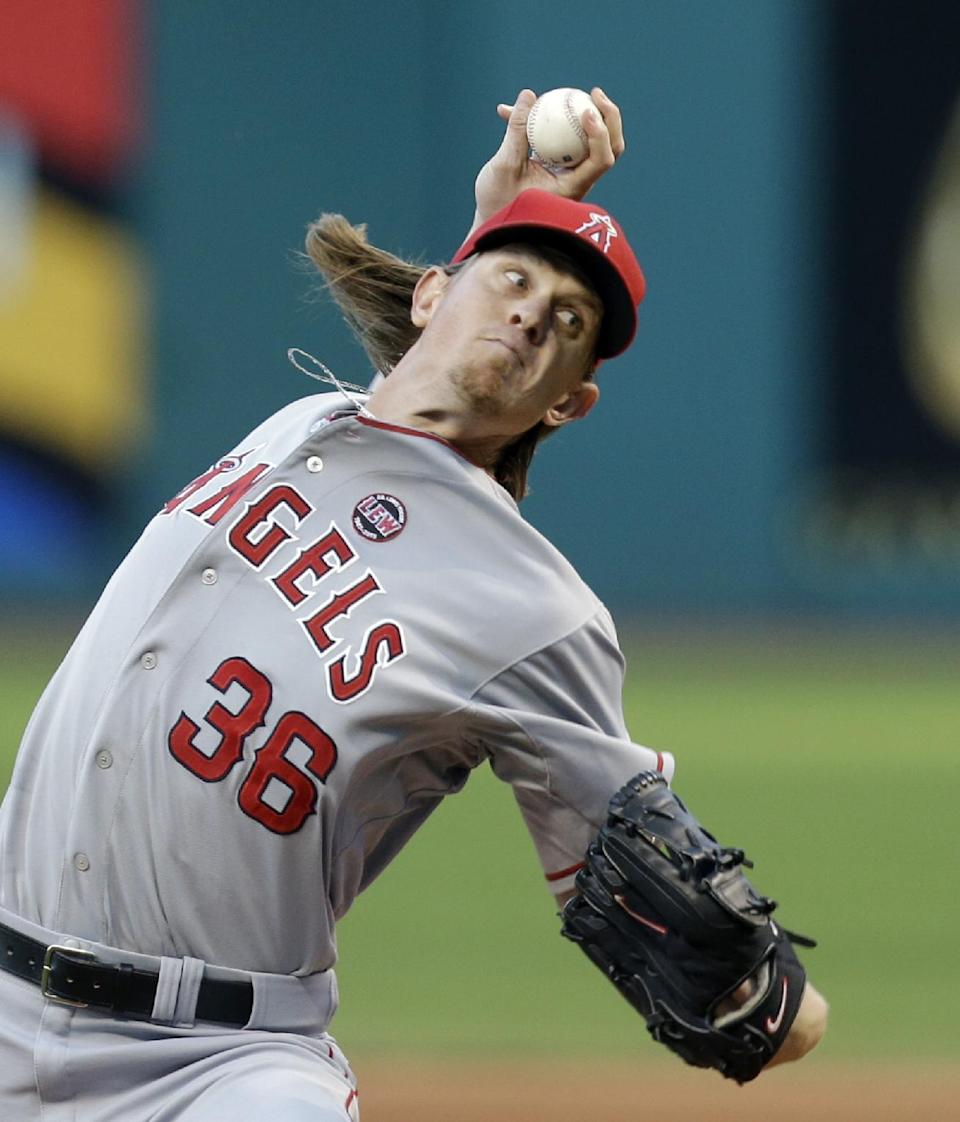 Weaver, Angels top Indians 5-2