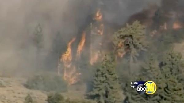 South Valley firefighters continue battling wildfire