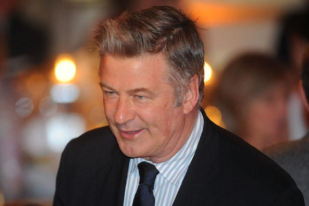Alec Baldwin Inks Memoir Deal