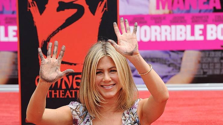 Jennifer Aniston Graumans