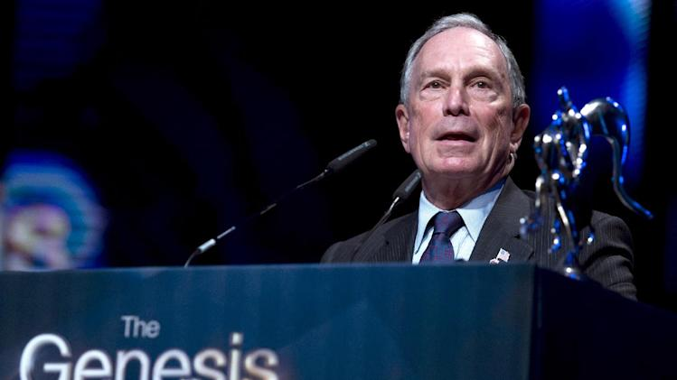 File photo of US billionaire Michael Bloomberg, who has announced he is jetting into Tel Aviv to show solidarity with Israel, calling for a US flight ban to be lifted immediately