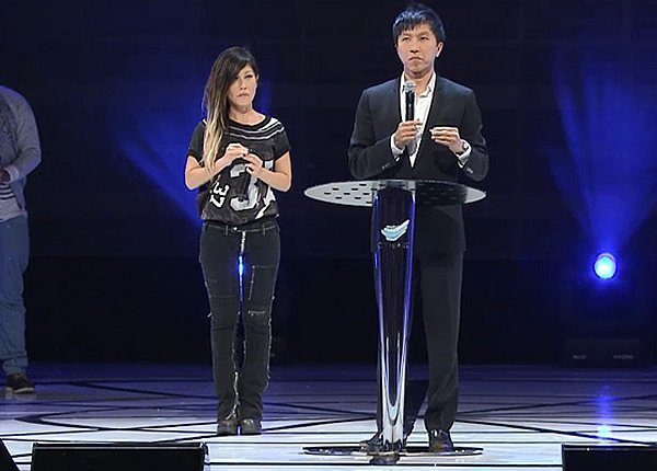 Kong Hee and Sun Ho at Singapore Expo