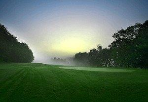 'Tis the Season for Cool Golf Deals in Southampton