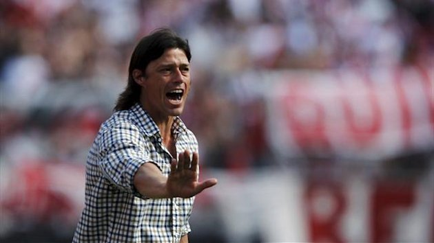 River Plate&#39;s coach Matias Almeyda (Reuters)