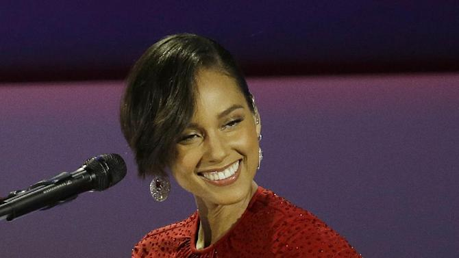 Alicia Keys performs during The Inaugural Ball at the Washington Convention Center during the 57th Presidential Inauguration in Washington, Monday, Jan. 21, 2013. (AP Photo/Paul Sancya)