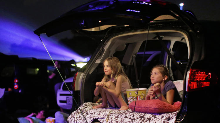Digital era threatens tenuous future of drive-ins