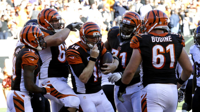 Sanu carries Bengals offense with Green sidelined