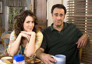 Brad Garrett and Joely Fisher