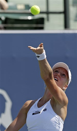 No. 2 seed Bartoli advances at Bank of the West