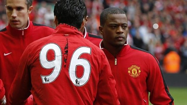 2012 Liverpool v Manchester United Suarez Evra handshake
