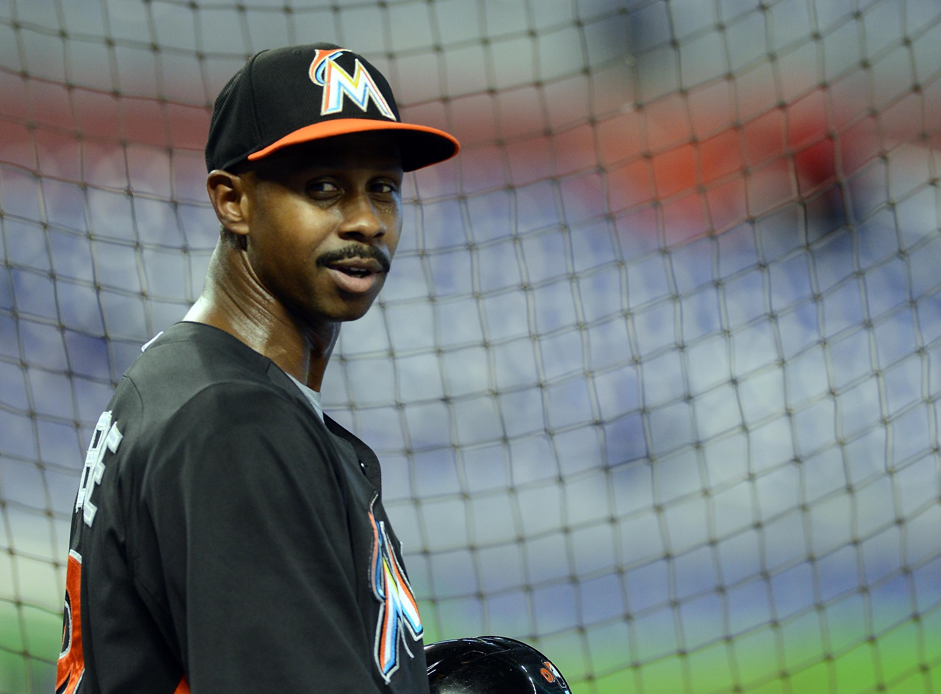 Juan Pierre officially retires after 14 MLB seasons