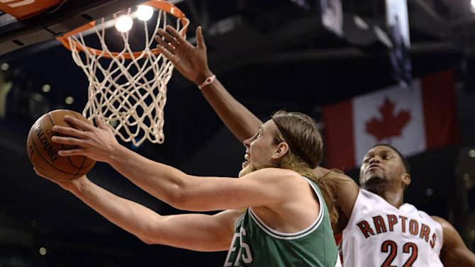 Raptors edge Celtics 99-97 in preseason
