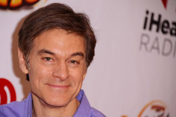 Dr. Oz to Fire Back on TV at Doctors Calling Him a Greedy 'Quack'