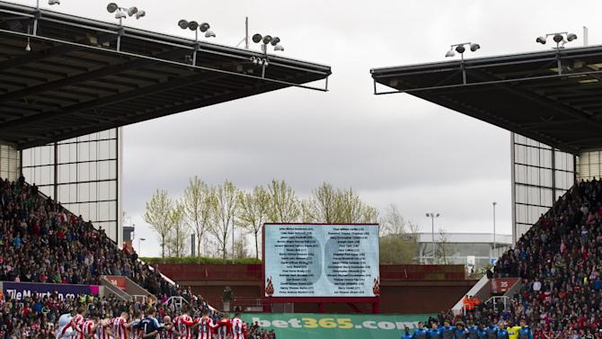 English soccer recalls Hillsborough 25 years later
