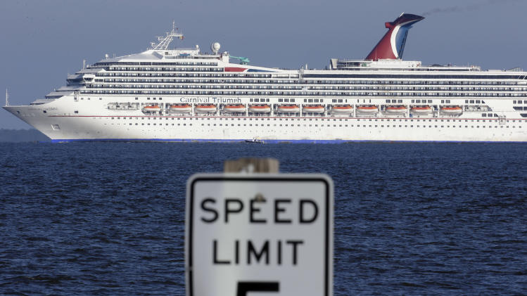 Crippled cruise ship slowly makes its way to land