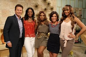 Billy Bush and Kit Hoover join Toni Braxton and her sisters, Tamar and Trina, on Access Hollywood Live June 9, 2011 -- Access Hollywood
