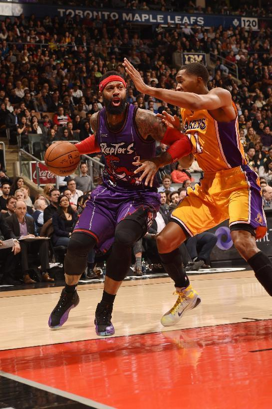 Raptors beat Lakers, clinch second straight division title
