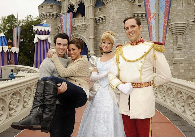 Jonas Danielle Kevin Disney World