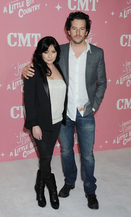 Shannen Doherty and Kurt  …