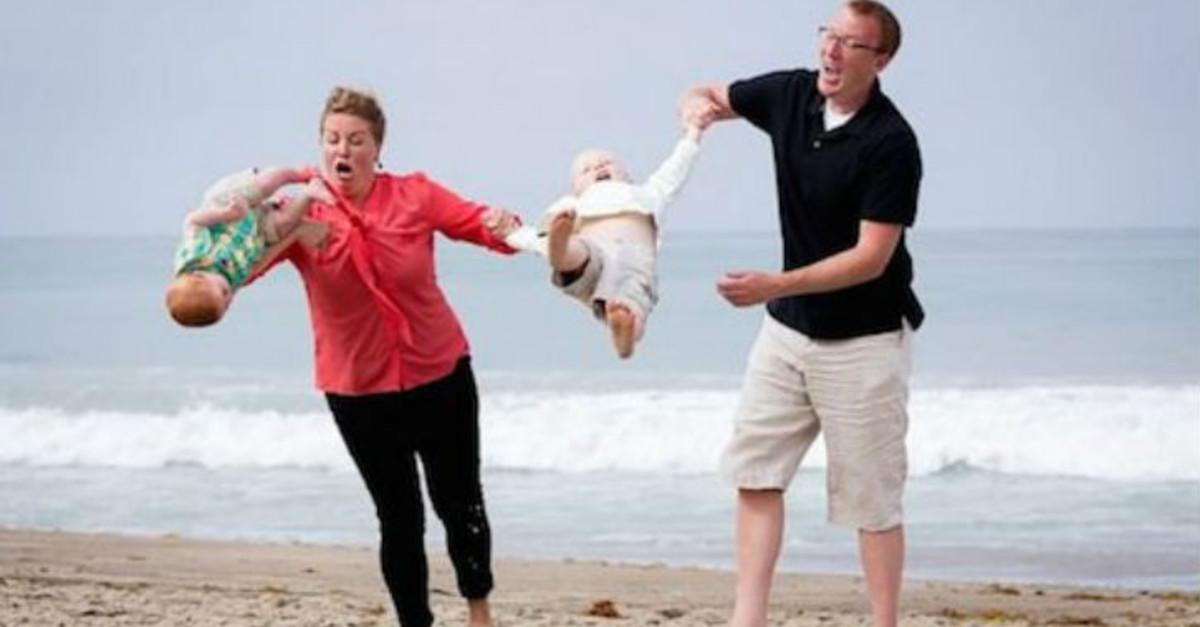 27 Family Photos That Went Very Wrong