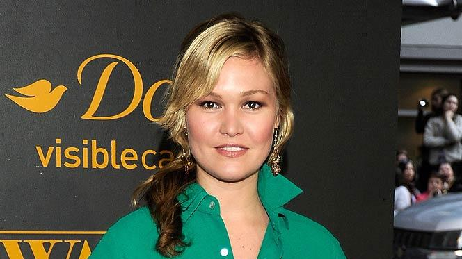 Julia Stiles Water For Elephants