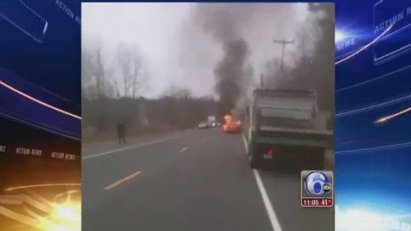 Good Samaritan saves driver from burning car