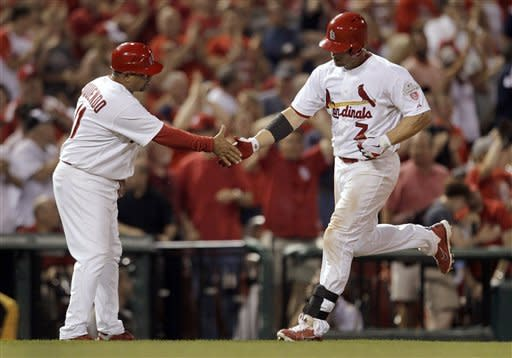 Wainwright wins 1st, Cardinals beat Pirates 10-7