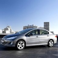 New Peugeot 408 Optimis akan Diminati