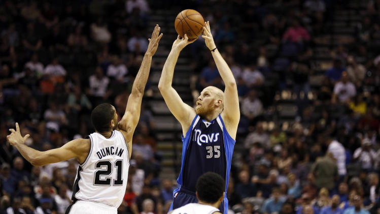 NBA: Dallas Mavericks at San Antonio Spurs