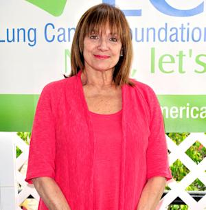"Valerie Harper's Terminal Cancer Is ""Close to Remission,"" Her Doctor Says"