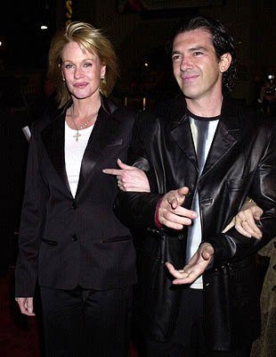 Premiere: Melanie Griffith and Antonio Banderas at the Hollywood premiere of Vanilla Sky - 12/10/2001