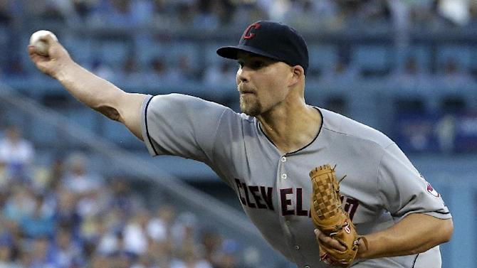 Indians turn triple play in 10-3 win over Dodgers