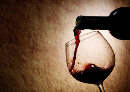 Prevent weight gain with red wine: As if you needed another reason to enjoy a good glass of red wine! Researchers from Purdue University have found that a compound called piceatannol found in red wine