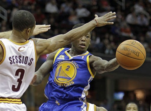 Lee's 29 lifts Warriors over Cavs