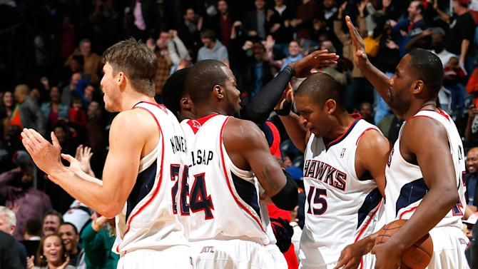 Horford lifts Hawks past Wizards, 101-99 in OT