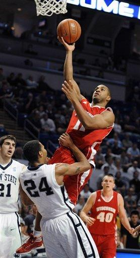 No. 19 Wisconsin beats Penn State 52-46