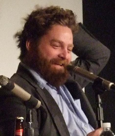 Zach Galifianakis has lopped off his beard!