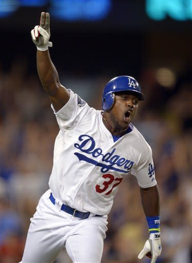 Dodgers beat Giants 3-2 for 6th straight victory