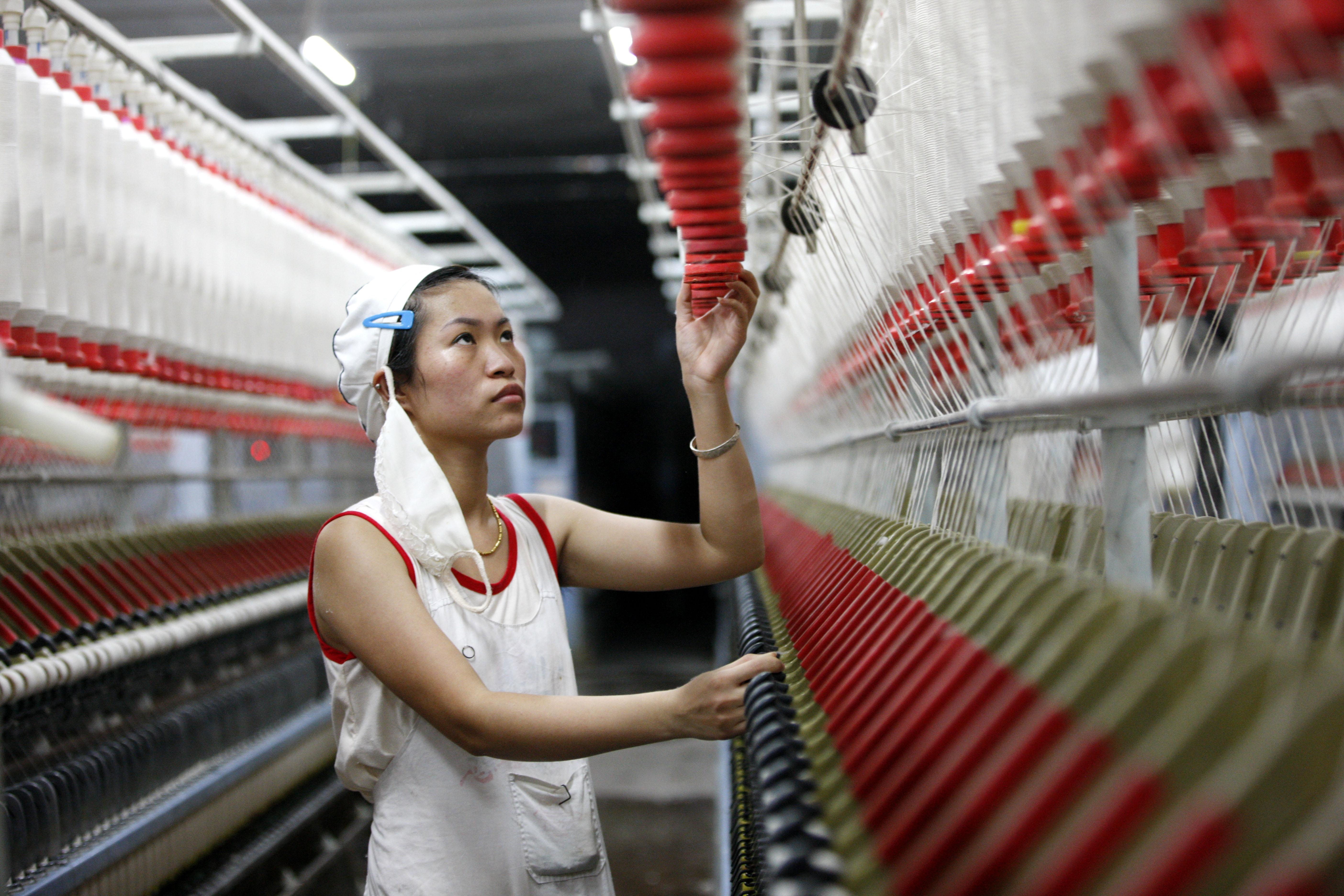 China factory indexes ebb in new sign of economic weakness