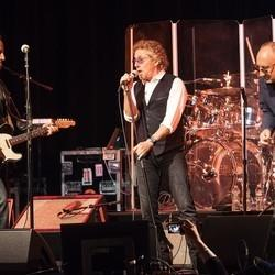 Bruce Springsteen Performs Two Songs With The Who At Pete Townshend Tribute