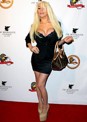 Courtney Stodden Narrowly Avoids Wardrobe Malfunction in Tight Black Top