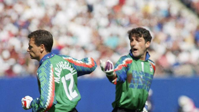 ON THIS DAY: Pagliuca becomes 1st keeper sent off