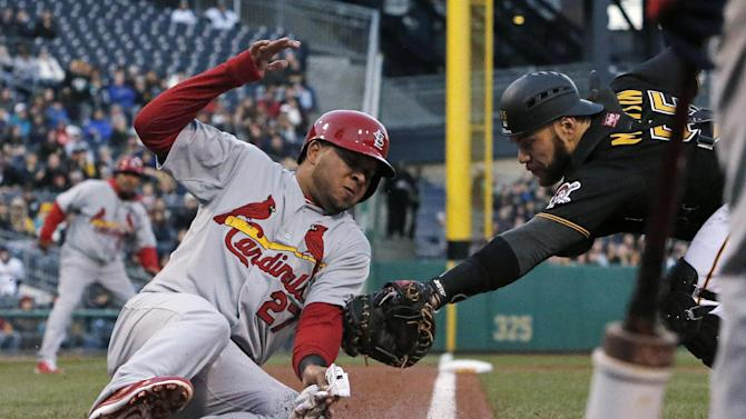 Cardinals strike early, down Pirates 6-1