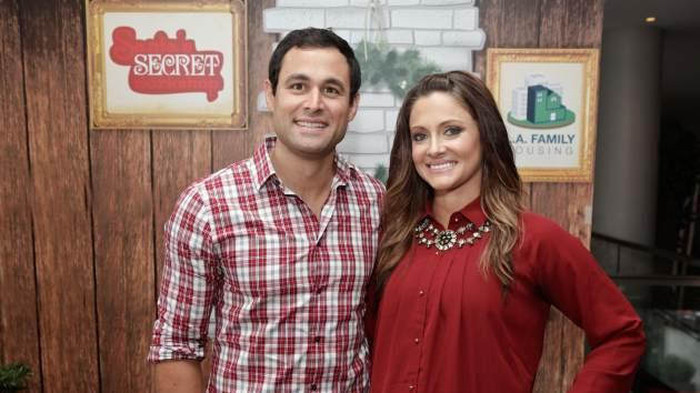 Jason Mesnick and Molly Mesnick attend the 2nd Annual Santa's Secret Workshop Benefiting L.A. Family Housing at Andaz on December 1, 2012 -- Getty Images